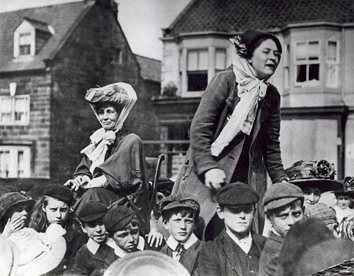 Suffragettes photo