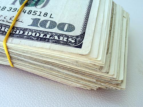 6757871357_f3f060a40c_Gold-Money