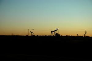 81193940_b3a576fd00_oil-well