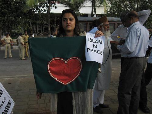 3844681595_8921d9c89f_islam-protest