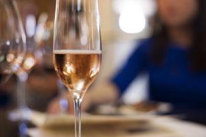 14238068566_c453188957_champagne-glass